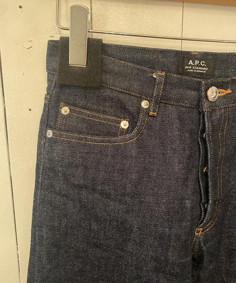 A.P.C./ vintage simple denim.( size26)