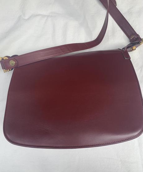 Cartier / vintage mustline open design shoulder bag.