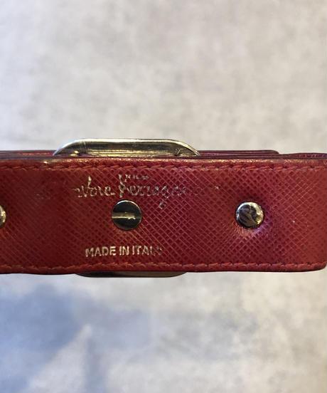 Salvatore Ferragamo/vintage vara motif key ring.(U)