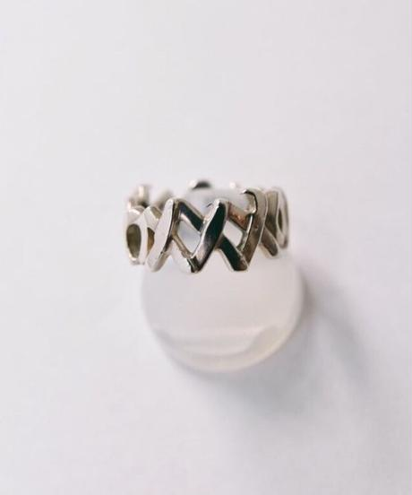 Tiffany&Co./love&kiss ring