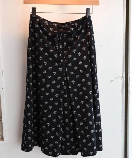 agnes.b/flower pattern-ribbon skirt