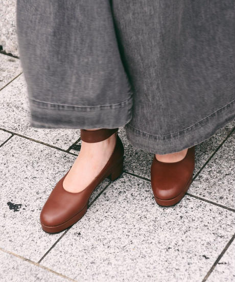 KENZO/  brown leather strap pumps