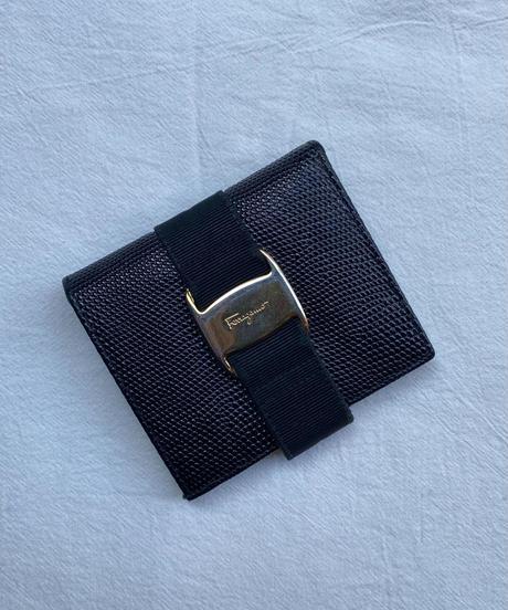 Salvatore Ferragamo / vintage vara bi-folded wallet.