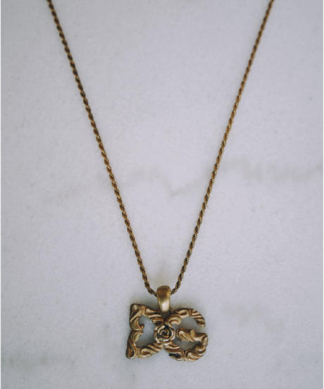 D&G / vintage gold logo necklace