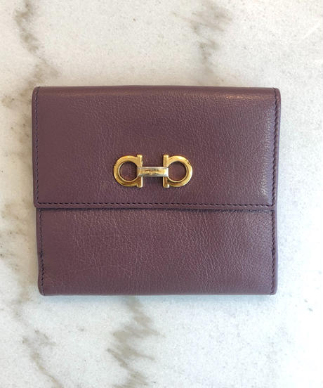 Salvatore Ferragamo/gantini gold buckle  wallet.