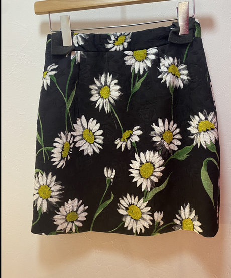 DOLCE&GABBANA/ vintage flower design  skirt.