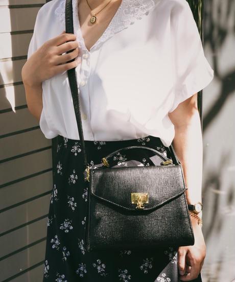 courreges/ leather shoulder bag