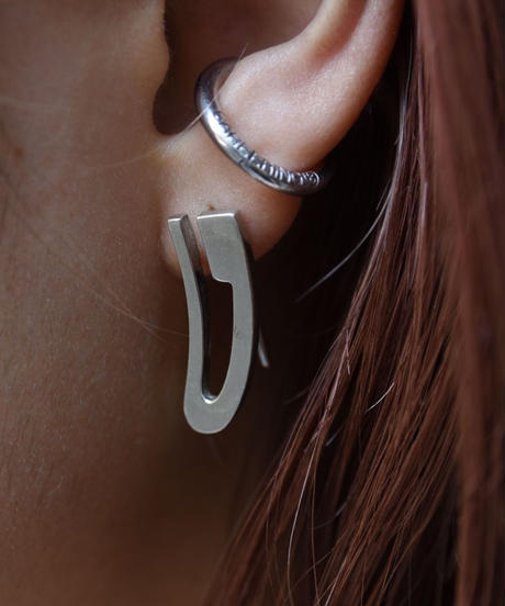GUCCI/ silver pierce