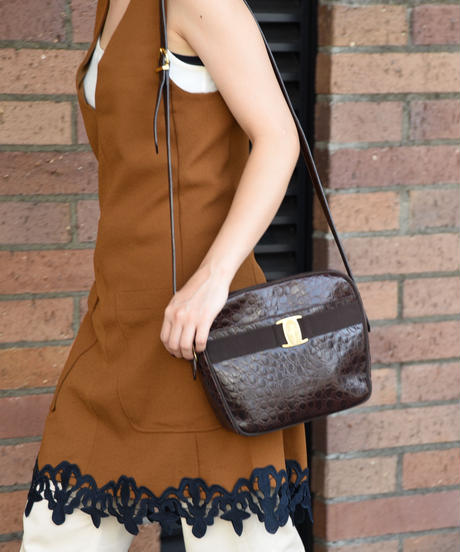 Salvatore Ferragamo/ coco design vara shoulder bag