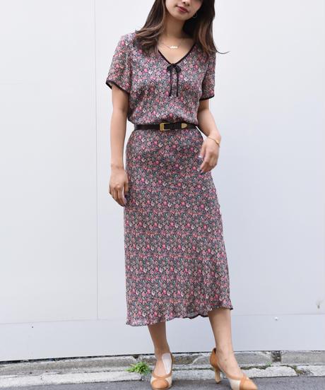 LAURA ASHLEY/flower pattern setup