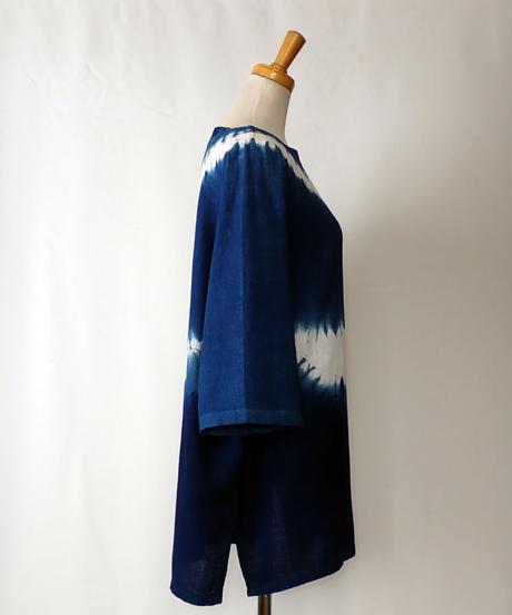 天然藍染めブラウス(スクエア襟・長・波)