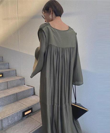 Horn sleeve long dress