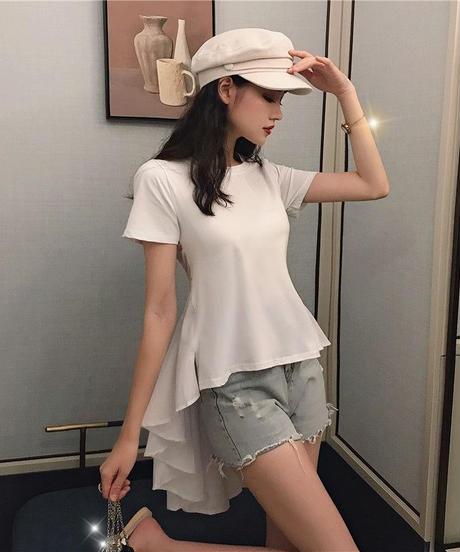 バックボリュームアシメトリーTシャツ