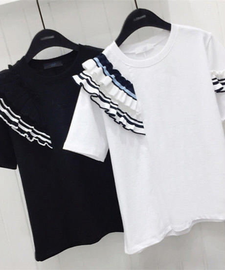 フリルデザインTシャツ