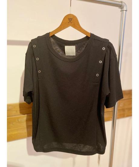 FOSI. ★ ring button T-shirt