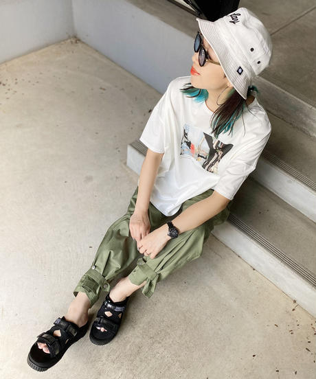 mink chair ★ photo print T-shirt / quotidian