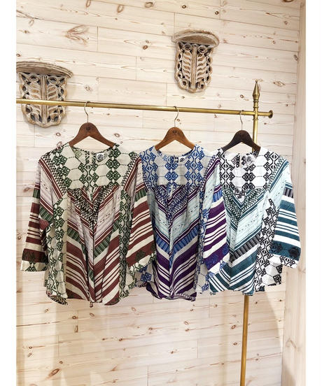 Another ★ tunic blouse