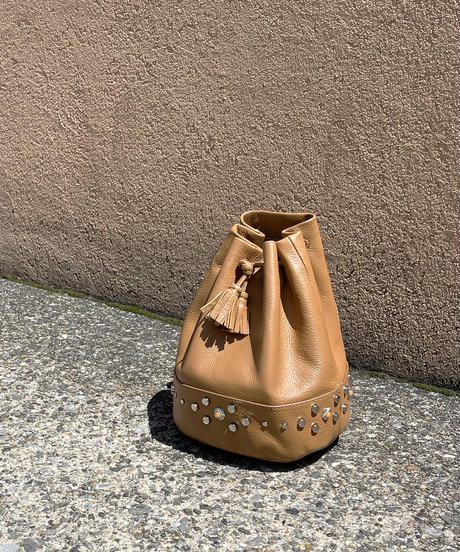 【B-21328】BEAURE ヴュレ カウレザー スタッズ 巾着 ショルダー