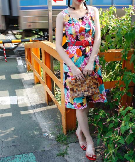 【Vintage】Tropical patten high-waist one-piece / トロピカル柄ゴムウエストワンピース