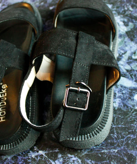 【Selected item】Strap Sandal / black