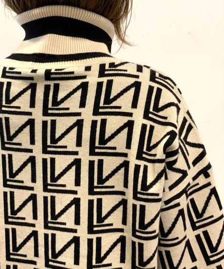 ◆NEW◆モノトーン織柄ニット【オフホワイト】