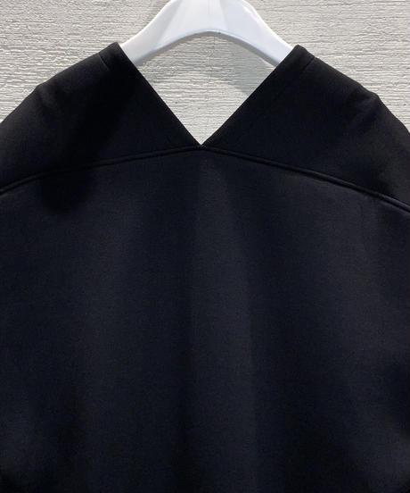 ◆NEW◆[Lallia Mu]プルオーバーポンチジレ【ブラック】