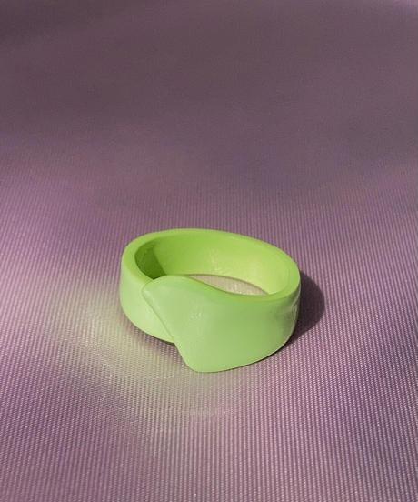 ポルキュースリング/Avocado  Green