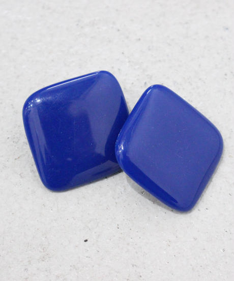 Blue square pierce