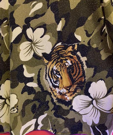 tiger design tops