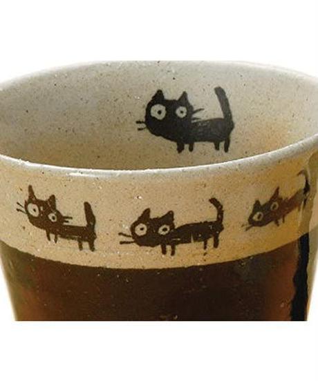 ヤマキイカイ 美濃焼 マグ 黒猫の散歩