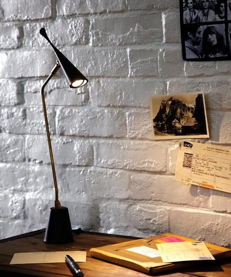ART WORK STUDIO Gossip-LED desk light  ゴシップデスクライト  AW-0376E