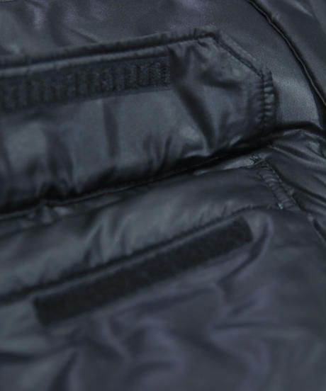 SMOKE ISLAND DOWN JACKET [BLACK]