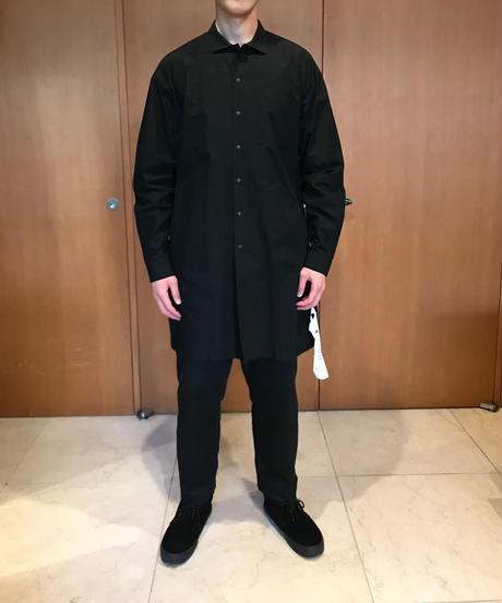 BRIAN WIDE COLLAR LONG SHIRTS-BLACK- モデル着用Mサイズ(身長178cm)