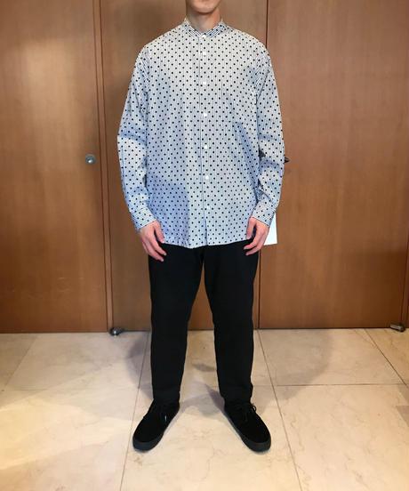 LIAM BAND COLLAR SHIRTS-DOT- モデル着用XLサイズ(身長178cm)