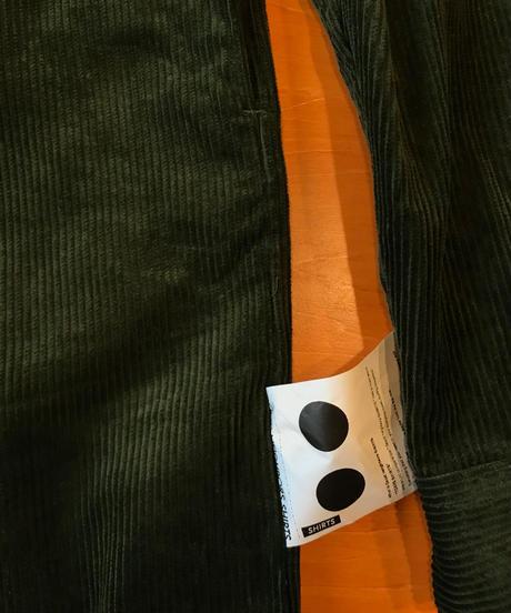 BRIAN WIDE COLLAR LONG SHIRTS-KHAKI- モデル着用Mサイズ(身長178cm)
