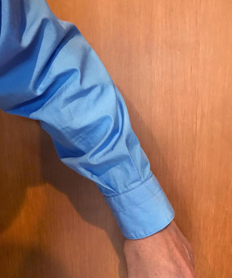 NOEL WIDE REGULAR COLLAR SHIRTS-SKY- モデル着用Mサイズ(身長178cm)