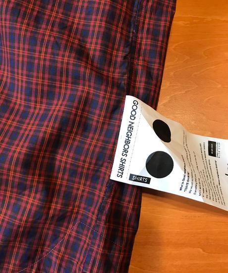 DAMON WIDE BAND COLLAR SHIRTS-RED- モデル着用Lサイズ(身長178cm)