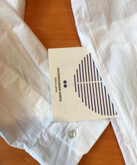 LIAM BAND COLLAR SHIRTS-WHITE- モデル着用Lサイズ(身長178cm)