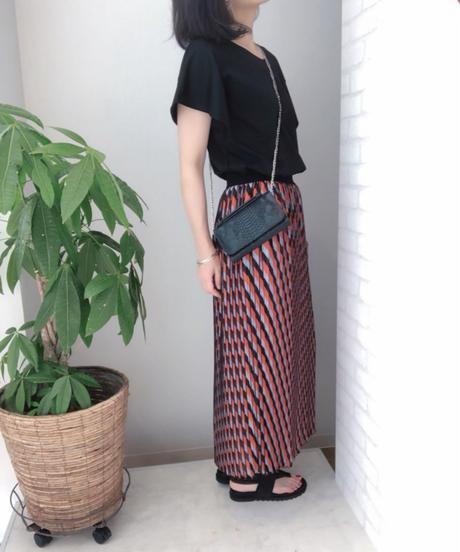 ジオメトリック柄 プリーツスカート