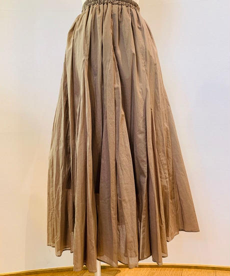 シャーリング綿ローンロングスカート