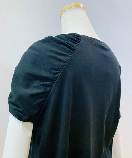 捻り襟袖アシンメトリーカットソー