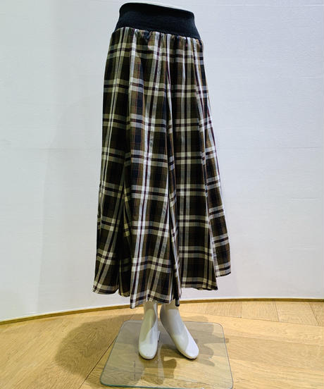 タータンチェック・Aラインスカート