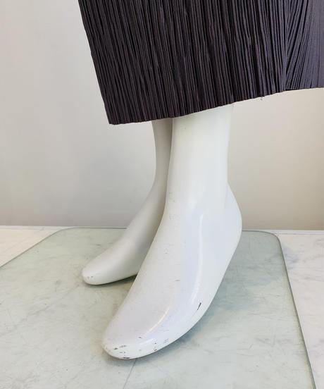 ランダムプリーツストレートスカート