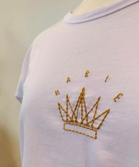 クラウン刺繍Tシャツ