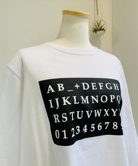 アルファベットC+LOGOロンTee