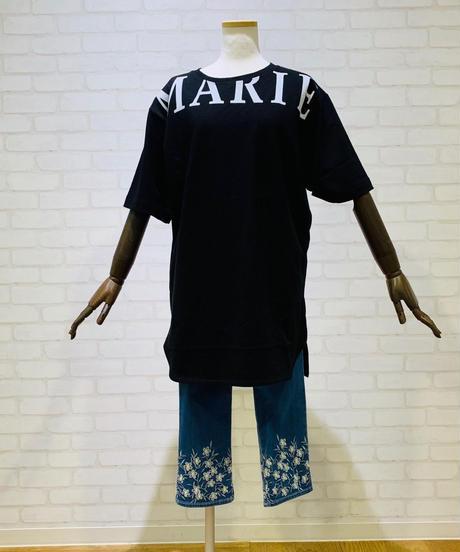 首元ビックロゴ ロングTシャツ