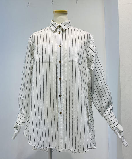 バックテイルサイドスリットシャツ (ストライプ)