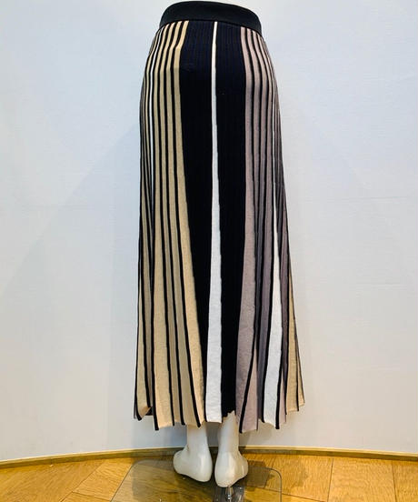 マルチバイカラー・ニットプリーツスカート