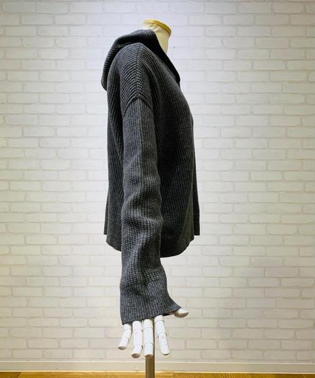ワッフル編みフーデットプルオーバー