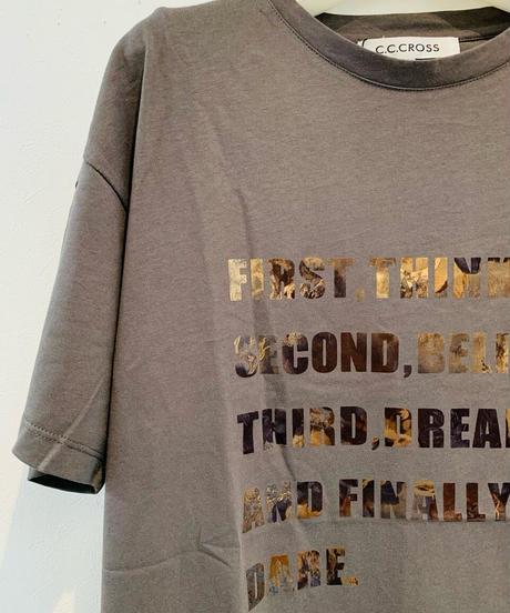 箔プリントLOGOTシャツ